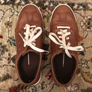 LL BEAN LEATHER SNEAKERS